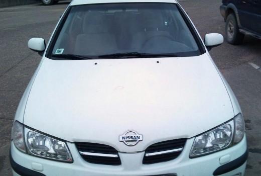 Savstarpējā auto noma Autolevi - Nissan Almera 2001