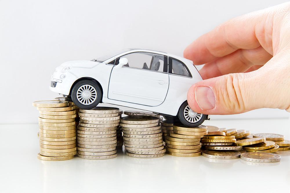 Kā samazināt auto izmaksas izmantojot auto nomu?