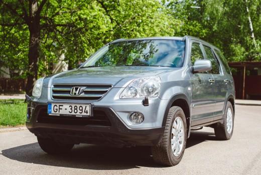 Savstarpējā auto noma Autolevi - Honda CR-V 2006