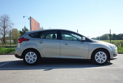 Ford Focus 2015 Autolevi savstarpējā auto noma